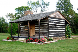Emanuel Hunter's Log home built in 1818